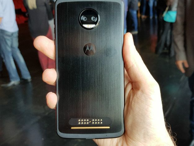 motoz2force_62502